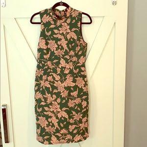 Nwot Lulus floral high neck dress